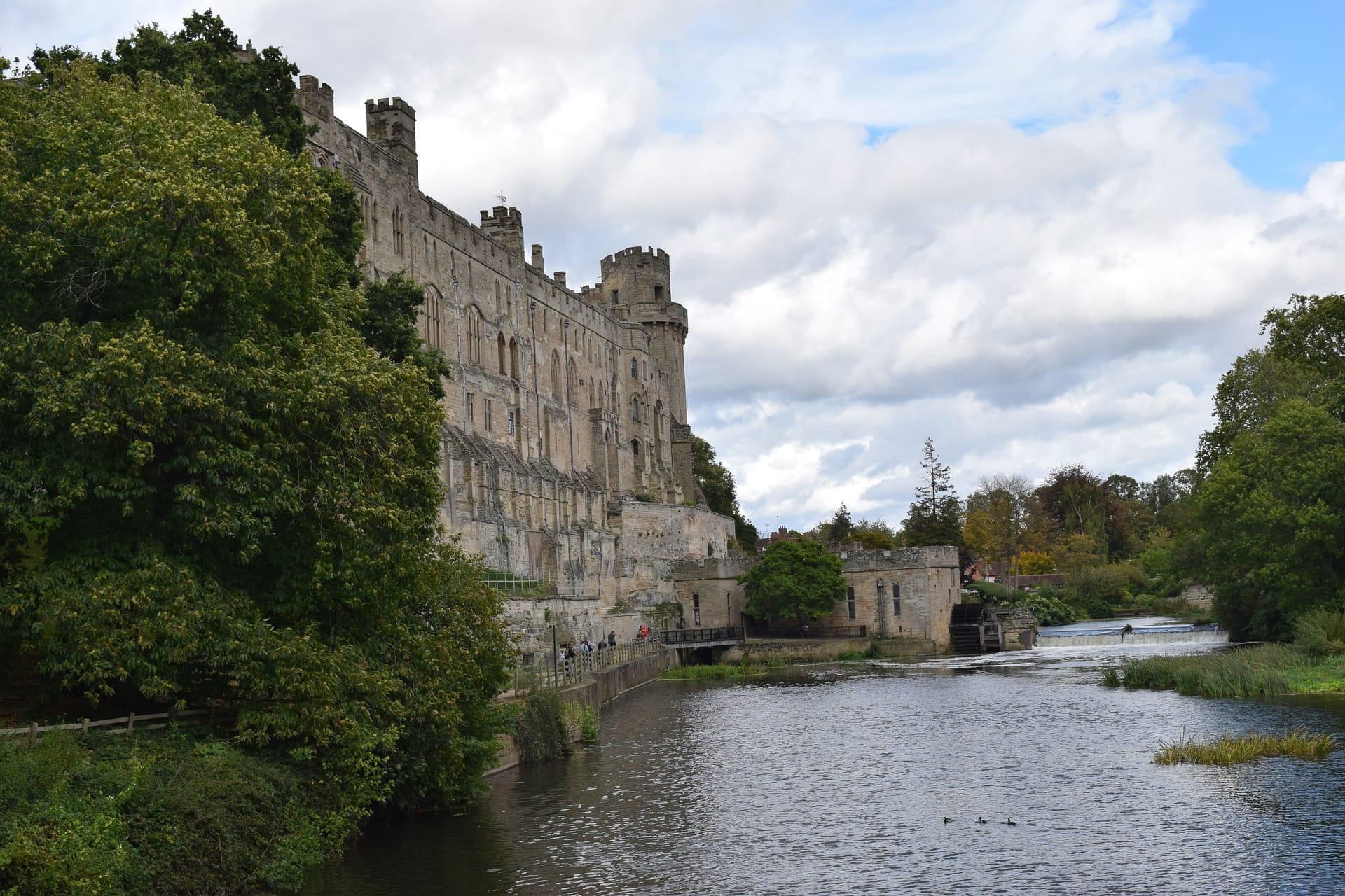 warwick-castle-4542177_1920